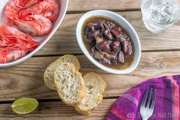 Calamares al Vino Tinto: Red Wine Braised Squid