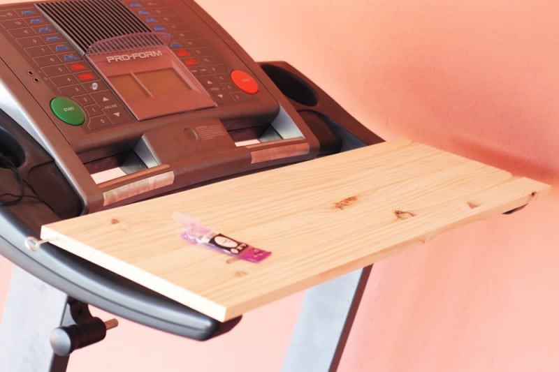 How to make yourself an easy DIY Treadmill desk