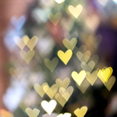 An unfocused picture showing off heart shaped bokeh.