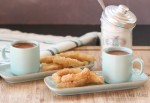 How to make Spanish churros, grain free, with a link to a traditional recipe, for those who prefer churros made with wheat.