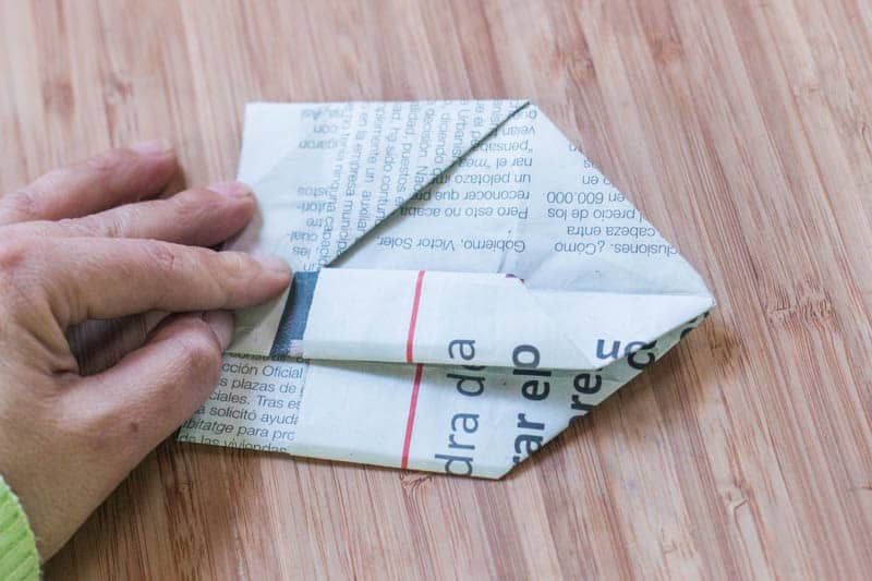 how to make newspaper origami