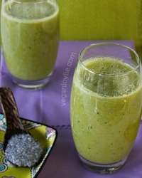 smoothie with basil seeds