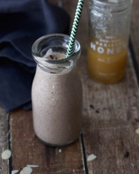 Almond Cacao Protein Smoothie