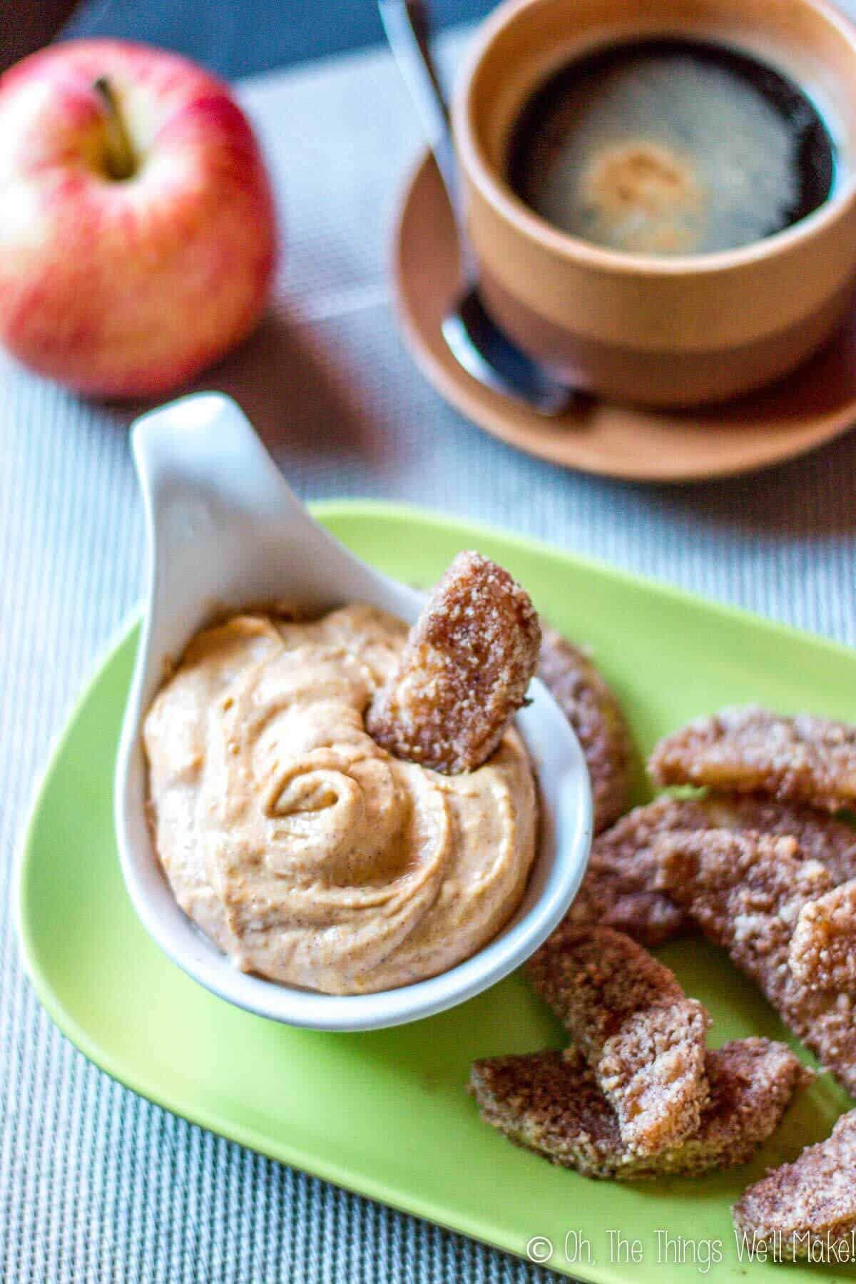 paleo baked apple fry dipped in pumpkin pie dip