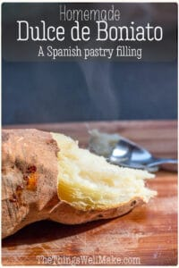 Dulce de boniato is a sweet Spanish pastry filling used mostly around Christmas for filling pastries like pastissets (pastelitos) or empanadillas dulces. While most people use the canned variety here, it is quite easy to make and tastes much better when made from scratch. #pastryfilling #spanishrecipes #dessertrecipes #boniato #thethingswellmake #miy