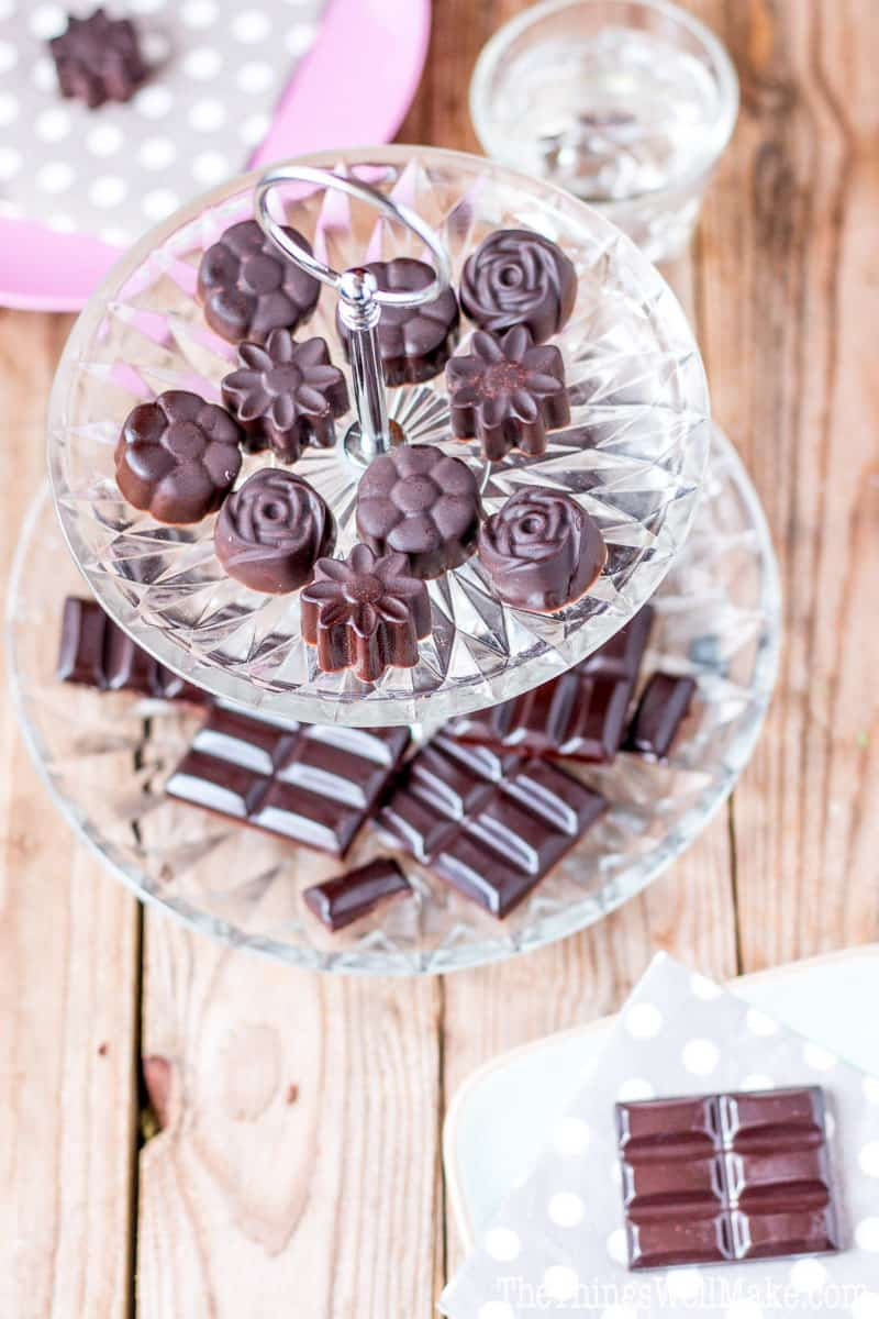 These homemade healthy chocolate bars and mints are super quick and easy to make. They