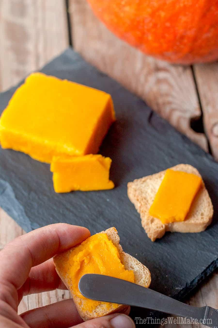 216-vegan-paleo-pumpkin-cheese-6wmeng