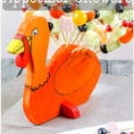 How to make a turkey display for Thanksgiving appetizer skewers. Kids will love this project, and it may even help them eat their veggies. #thanksgiving #thansgivingcrafts #thanksgivingrecipes #thanksgivingfood #thanksgivingappetizers #turkey #turkeycrafts #thethingswellmake #miy